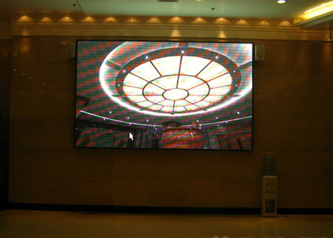 SMD P2.5 Indoor Advertising LED Display Hotel / TV Station / Auditorium